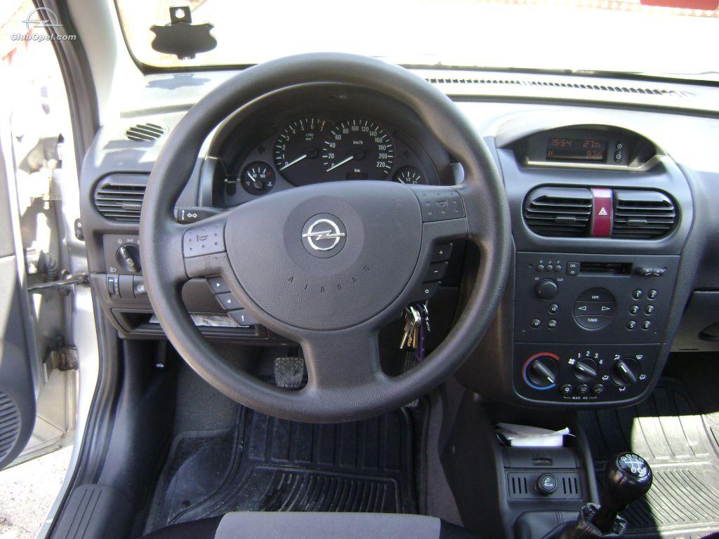 Vand opel corsa c 1 2 din 2002 for Opel corsa c interieur